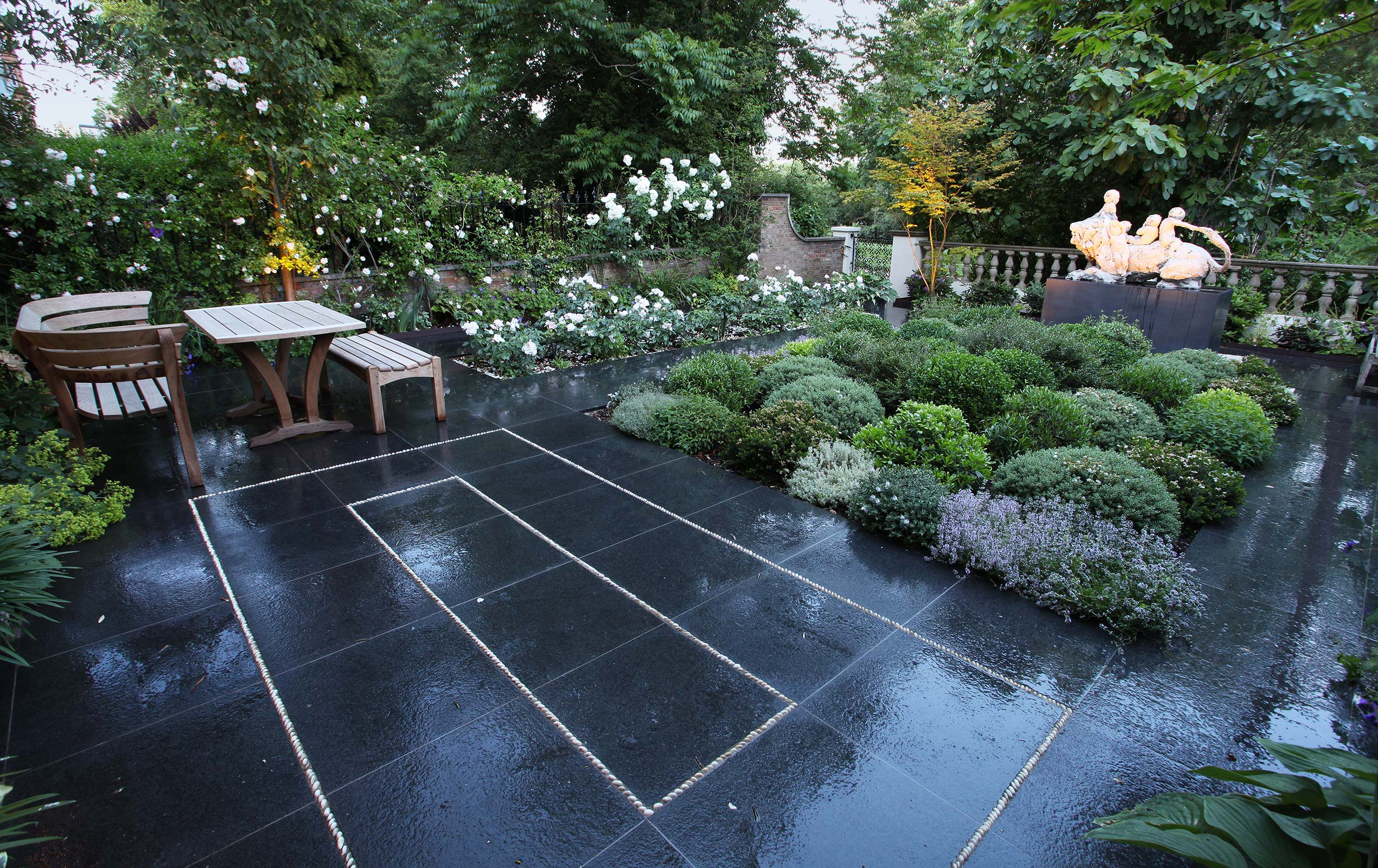 Ladbroke Square Garden designed by Maïtanne Hunt