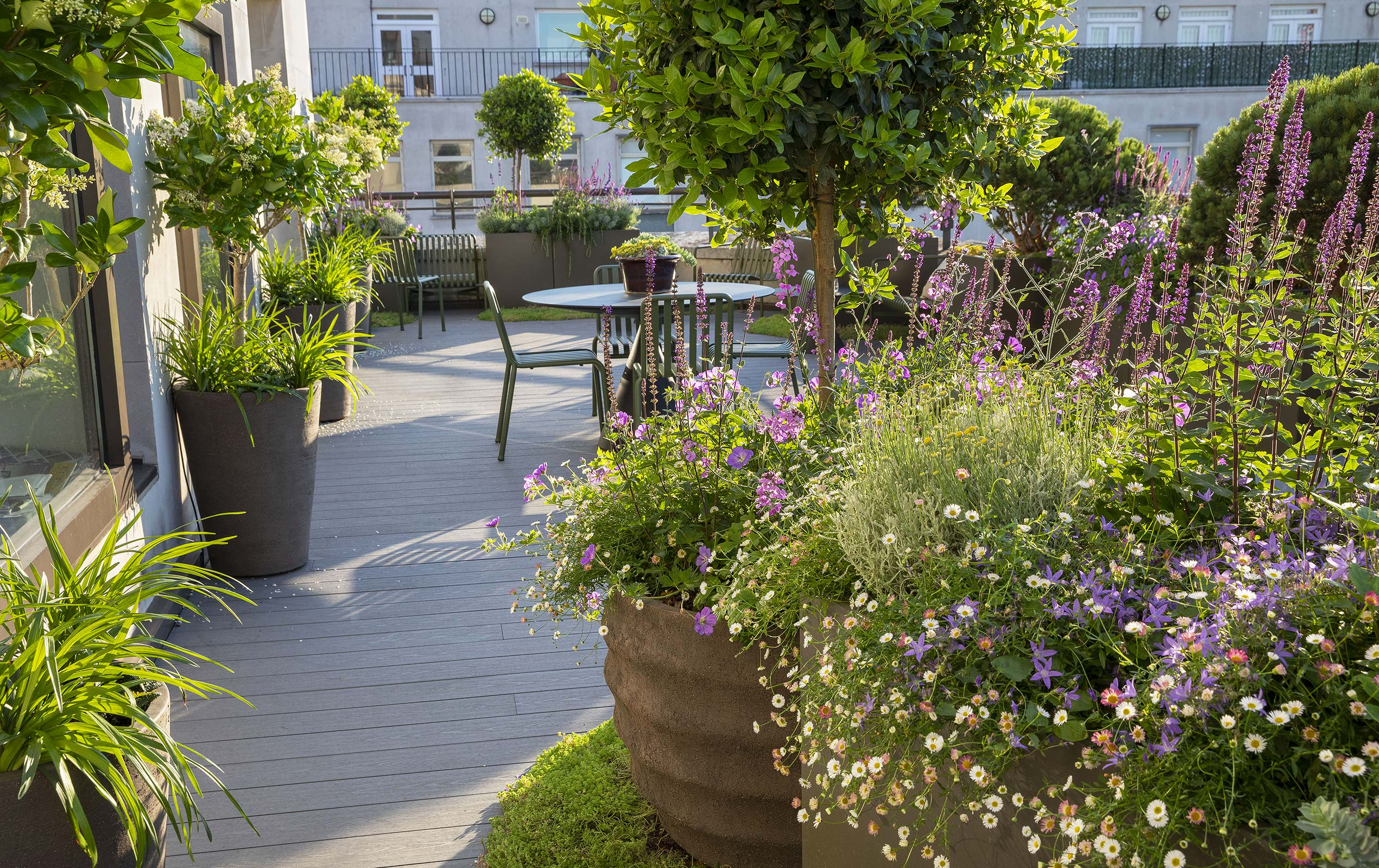 Mayfair Roof Terrace Design by Maïtanne Hunt